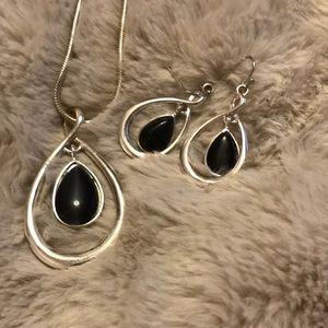 Jewelry - Teardrop set